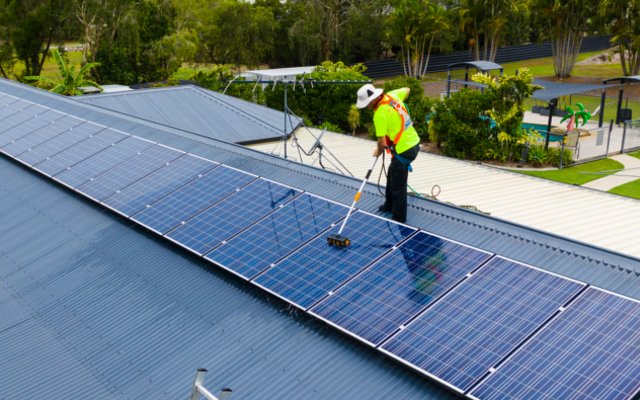 Does cleaning solar panels really matter?