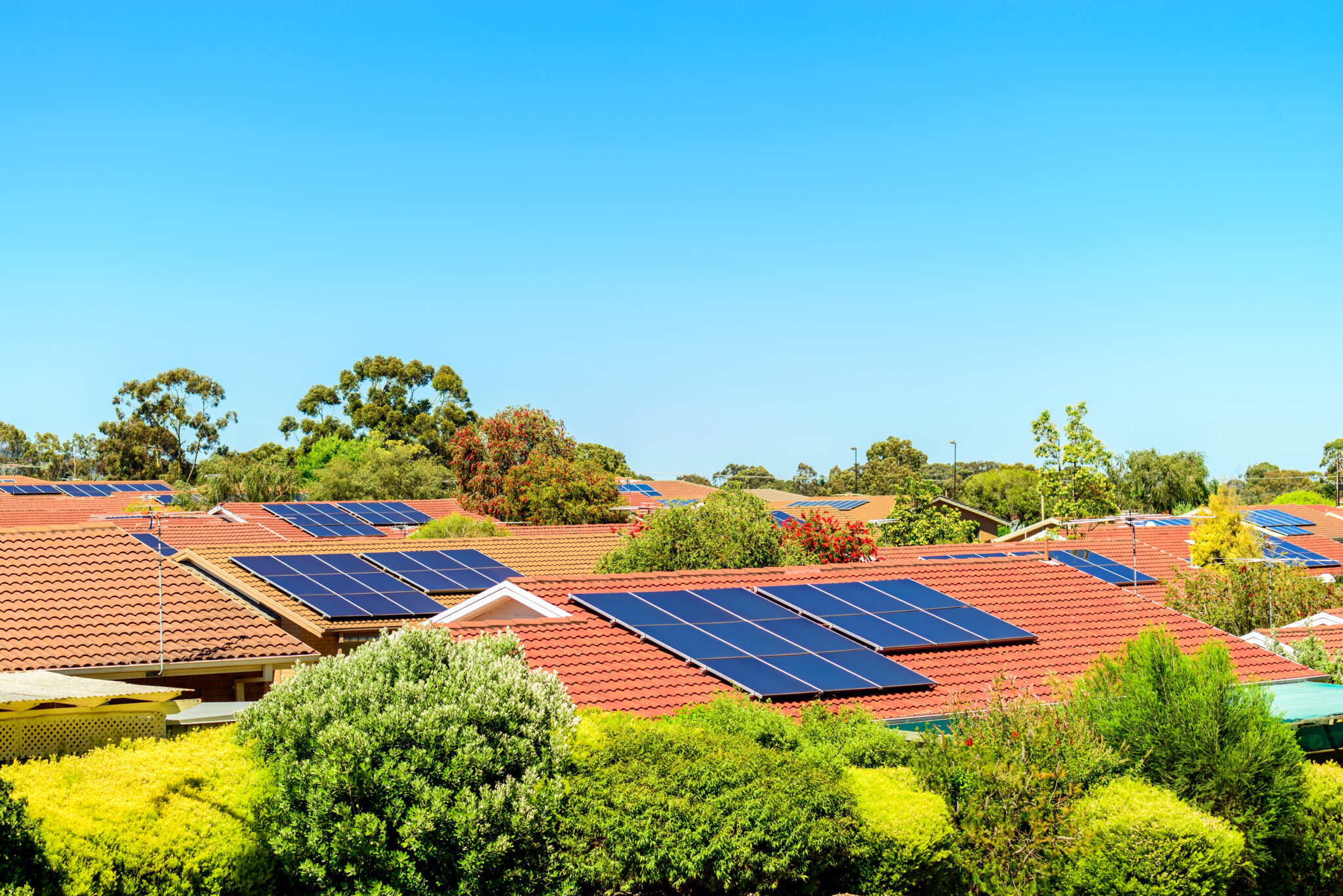 Going Solar: The Benefits and Challenges of Solar Panels