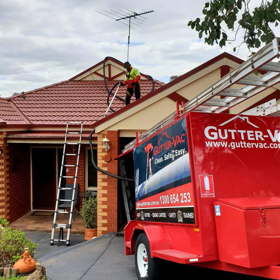 Get The Professionals To Clean Your Gutters